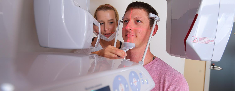 Modernes strahlungsarmes Röntgen, Dr. Veigel und Partner, Rheinau