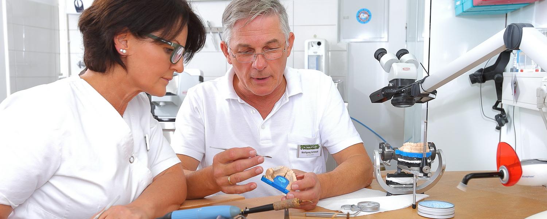 Praxiseigenes Dentallabor Praxis Dr. Veigel und Partner, Rheinau