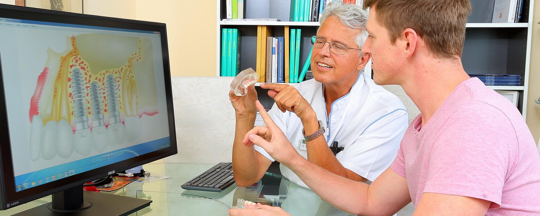 Beratung und Aufklärung Zahnarzt Dr.Veigel und Partner, Rheinau